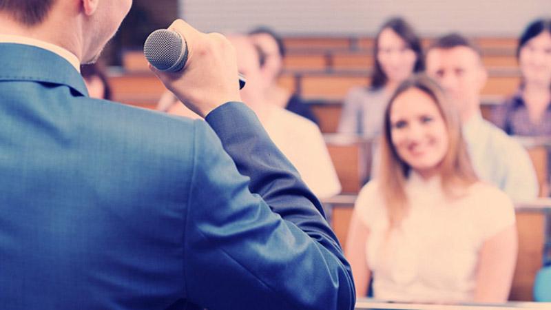 مهارت سخنرانی در جمع